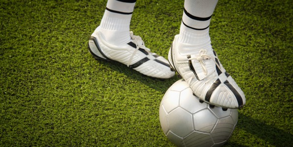 10 tips for parents: Keeping your feet (cleats or skates) firmly on the ground