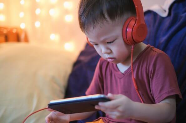 Summer challenge: Limiting screen time in favour of the sun