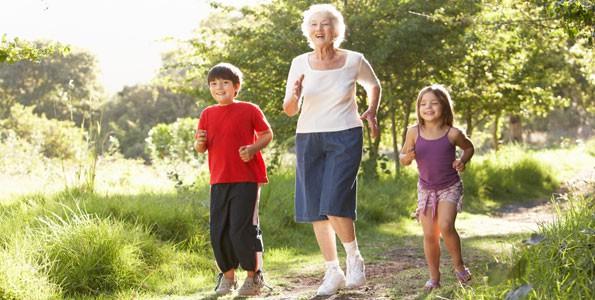 Grandma's secret: take the little ones outside!