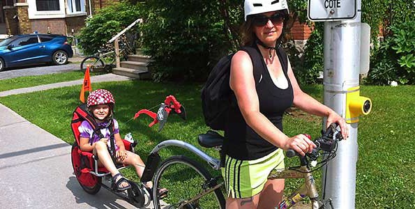 Weehoo iGo pedal trailer perfect for parent and child cycling