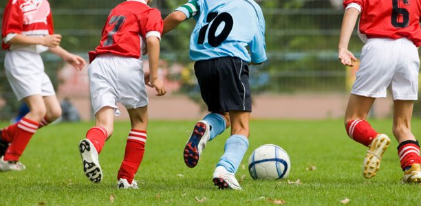 Should Kids Be Allowed To Play Soccer >> 15 Things To Remember When You Re Watching Your Child Play