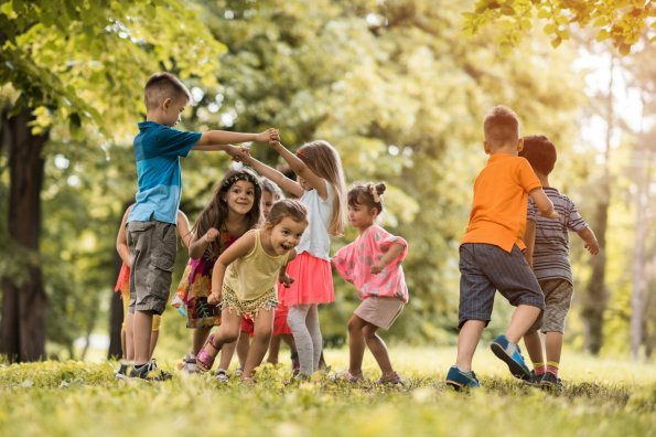 Kids playing with other kids may be the cure to the obesity epidemic