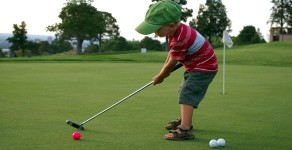 How to introduce your child to golf