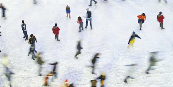 Free Family Day skating lesson in Toronto doubles as world record attempt