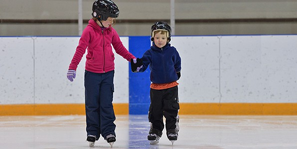 How to make skating a fun family activity