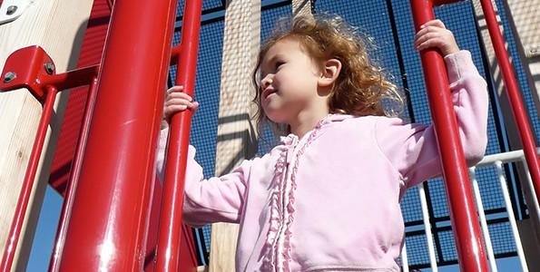 L'éducation qu'on donne aux filles engendre-t-elle la peur?