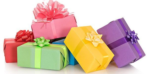 Neuf idées de cadeaux amusants pour les enfants actifs sur votre liste