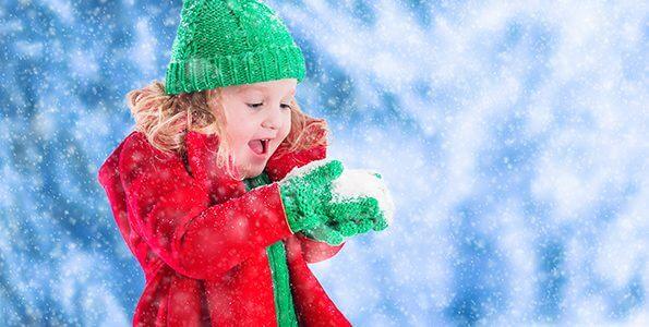 Outdoor winter activities for toddlers