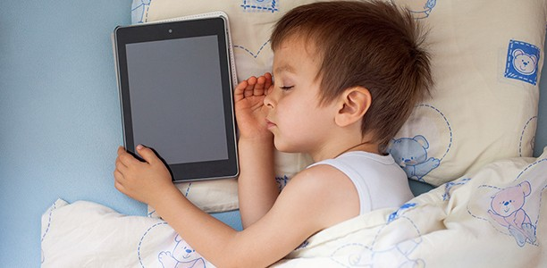 Study finds that smartphones in the bedroom impact kids' sleep even when they are off
