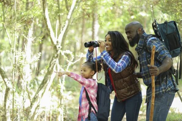8 ways to make hiking fun for little kids
