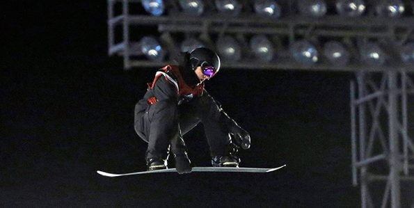 Meet Maxence Parrot, snowboarder