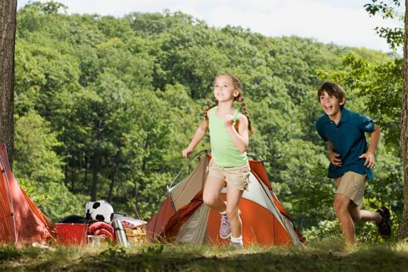 6 tips for keeping kids active on long road trips