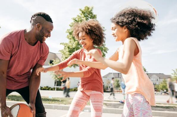 Study: Fathers strongly influence daughters' activity levels