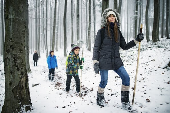 Five tips to make your family winter hikes memorable