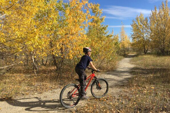10 ways to make family cycling more fun this fall