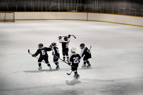 Why I decided I'd never yell when my kids play hockey