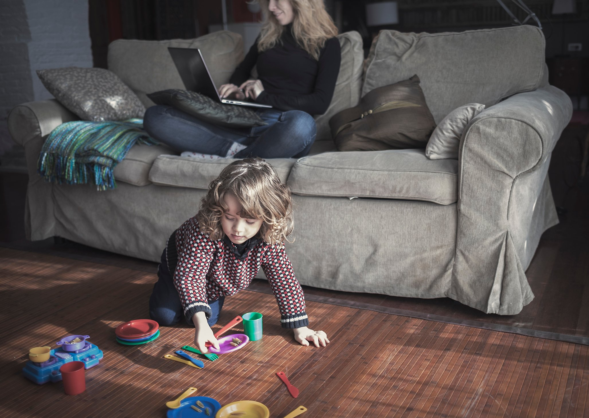 42 Easy Activities To Keep Kids Busy While Parents Work At Home Active For Life