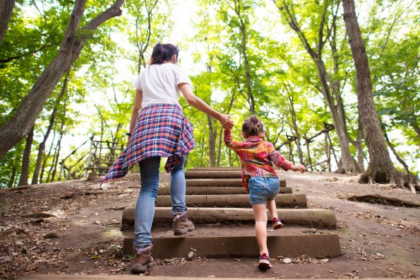 10 nature activities you can do with kids (while social distancing!)