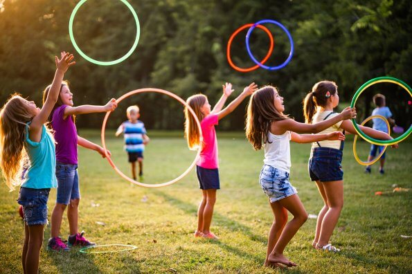 8 no-touch group games kids can play together