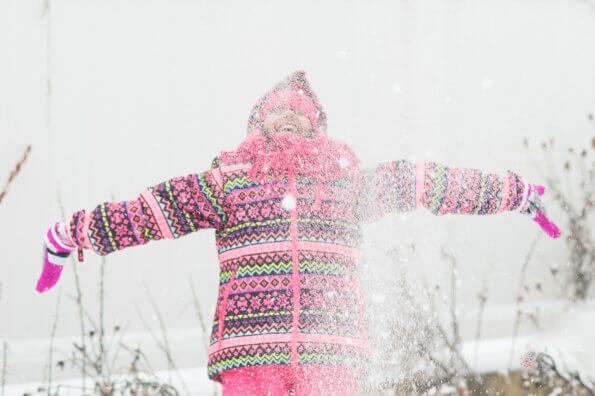29 fun games kids can play in the snow