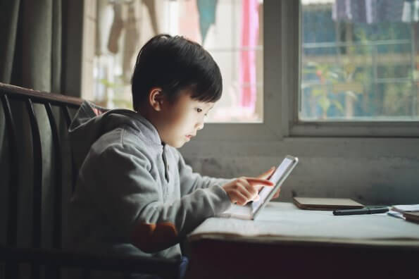 These simple tools can help parents manage screen time