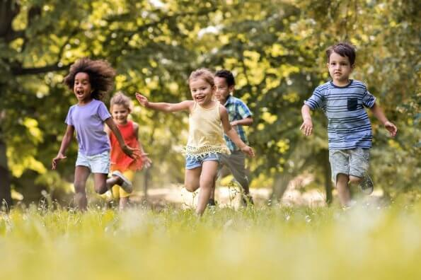 5 tips for allowing your child out of your sight outdoors